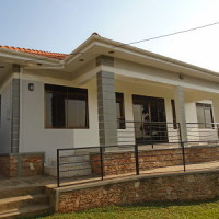 3 Bedrooms house for Sale in Kira